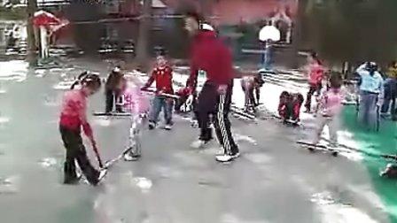 《好玩的短棍》大班体育活动-幼儿园优质课