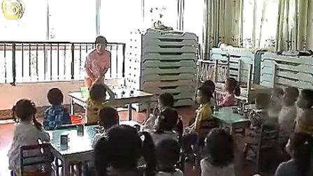 幼儿园小班科学优质课视频展示《糖不见了》_章老师