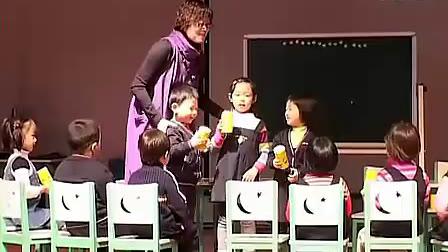 小班认识《罐子的声音》应彩云(1)