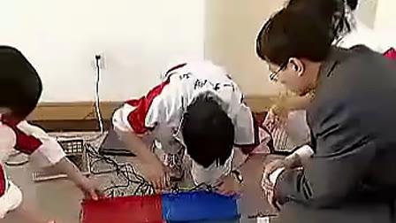 高中物理优质课展示《路况对玩具汽车速度与加速度的影响》实验过程
